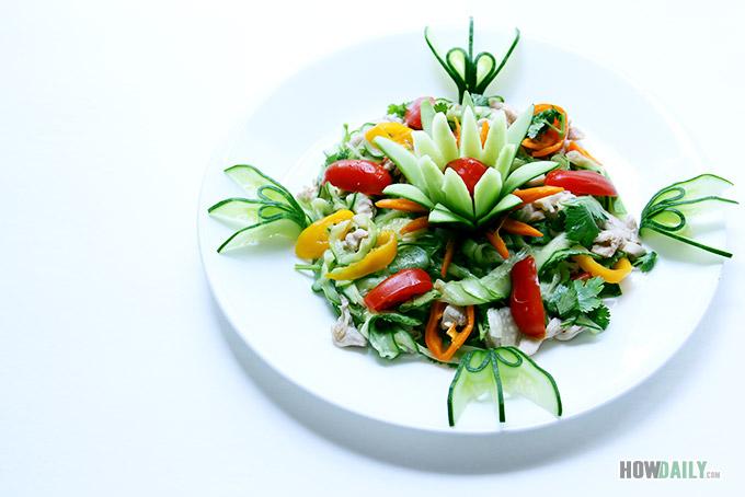 Chicken cucumber salad dish