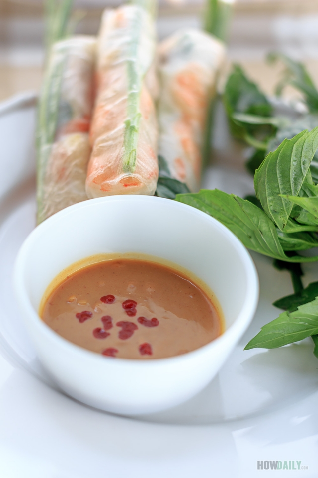 Peanut Dipping Sauce for Vietnamese spring rolls