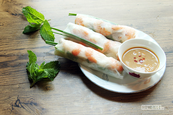 Vietnamese Fresh Spring Rolls With Hoisin Peanut Dipping ...