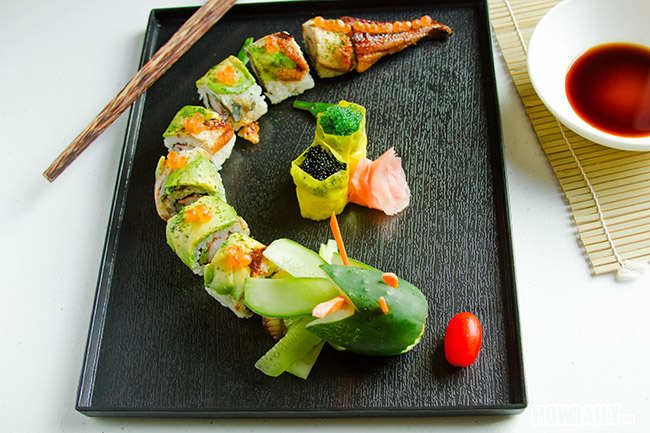 California roll with dragon extension