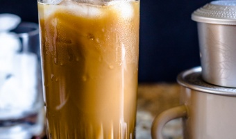 Cafe sua da (Vietnamese Iced Coffee)