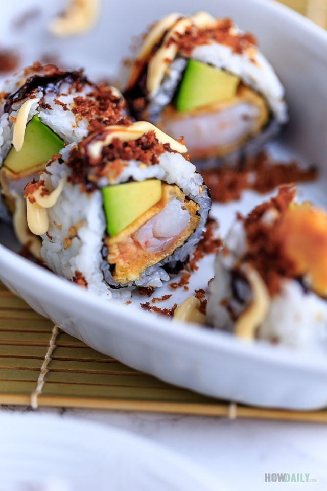 Crispy shrimp tempura roll