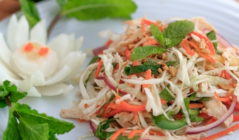 Vietnamese Chicken Salad with Shred Cabbage and Onion