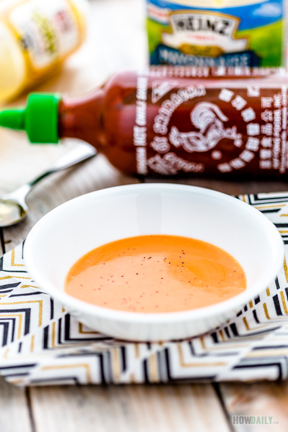 Honey Sriracha Sauce with Mayonnaise Recipe - Fresh ...