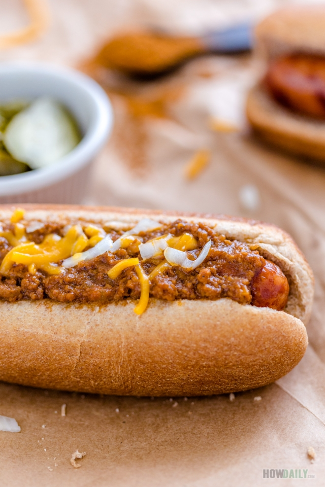 Hot dog chili sauce ketchup