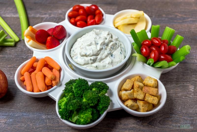 Clam dip and veggies