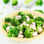 Stir-fried chicken broccoli
