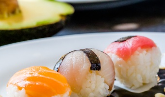 Temarizushi (Temari Sushi) – Beautiful Colors Ball to Celebrate any Girl's Day