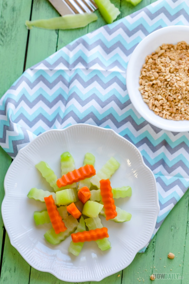 Boiled Chayote Squash and Carrot with Crushed-peanut