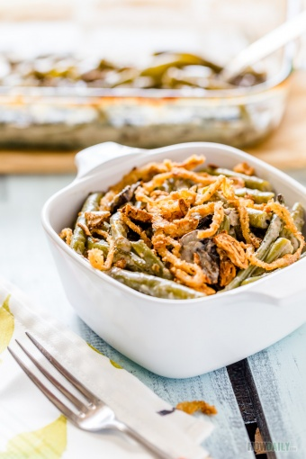 Green Bean Casserole with Creamy Mushroom Sauce & Crispy French Fried Onion