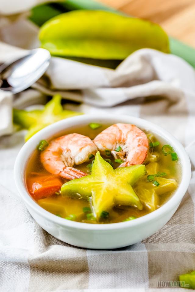 Shrimp sour soup with star fruit