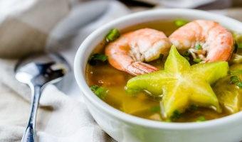 Shrimp Sour Soup with Star Fruit