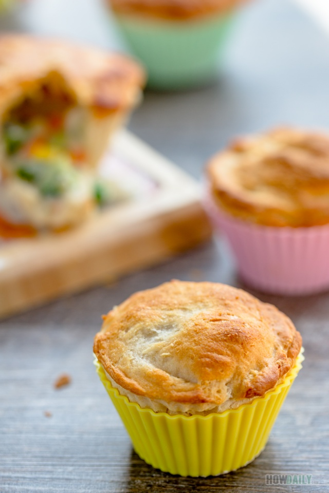 Shape chicken pot pie with silicone cupcake