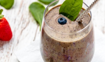 Dairy free Berries Spinach Smoothie