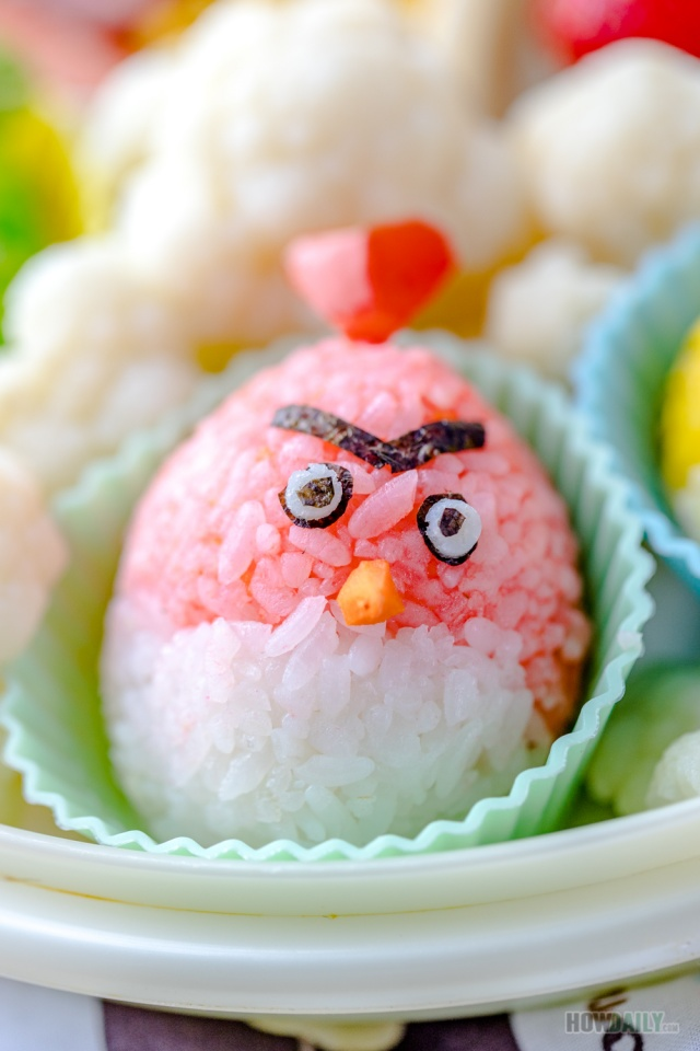 Red angry bird rice ball