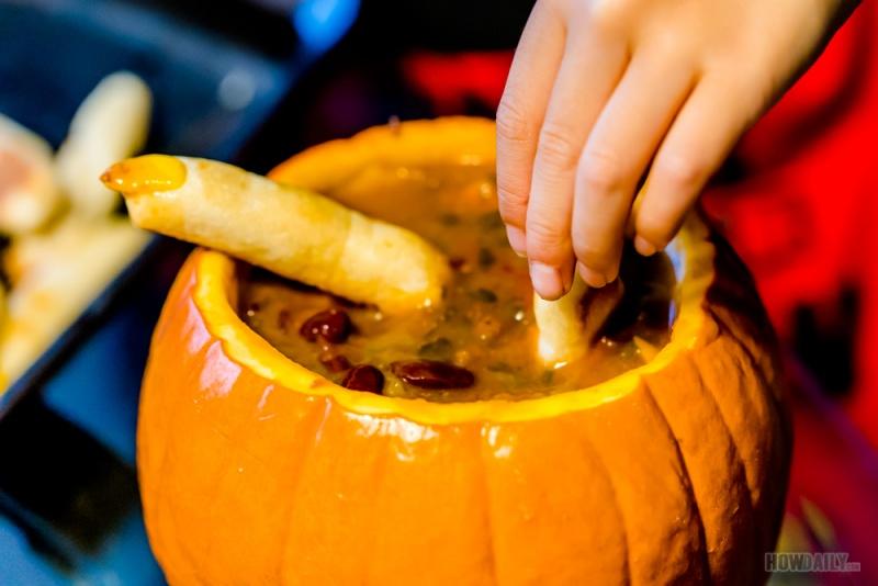 Beef pumpkin soup and bread sticks