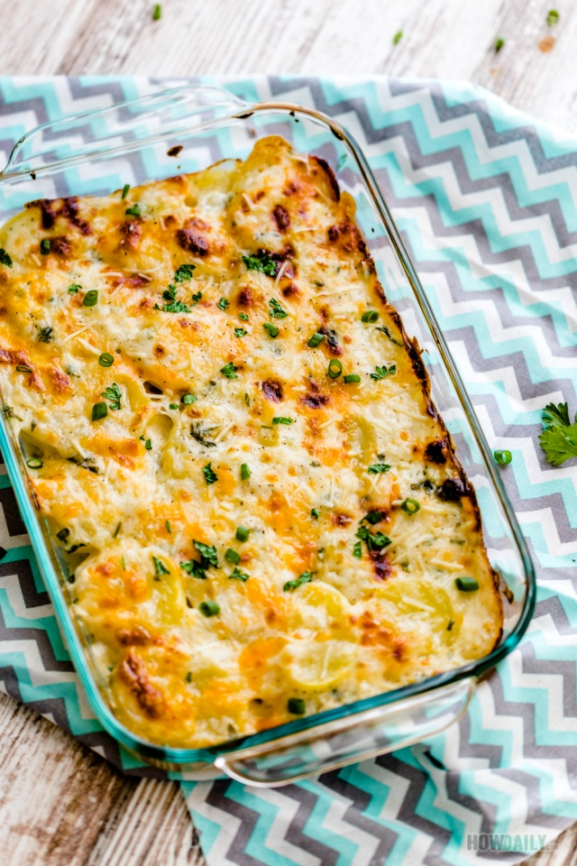 Easy Recipe for Cheesy Scalloped Potatoes