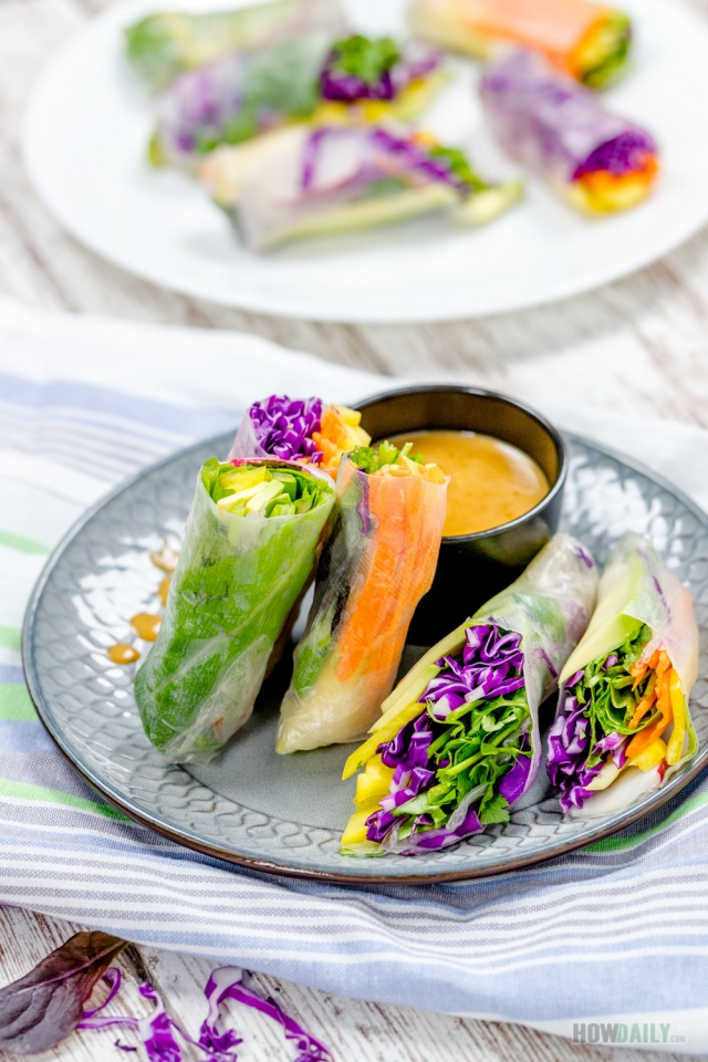 Vegan rainbow roll