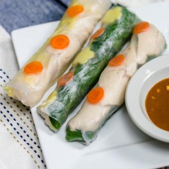 Chicken Mango Salad Rolls