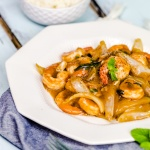 Shrimp stir-fry with black bean sauce