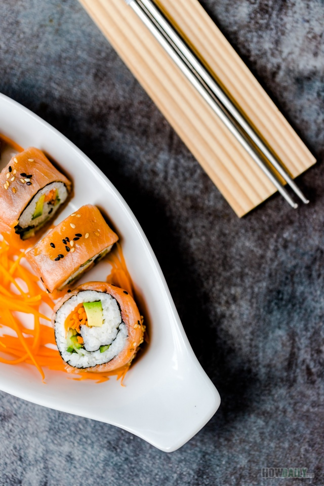 Easy recipe for Smoked Salmon Sushi roll