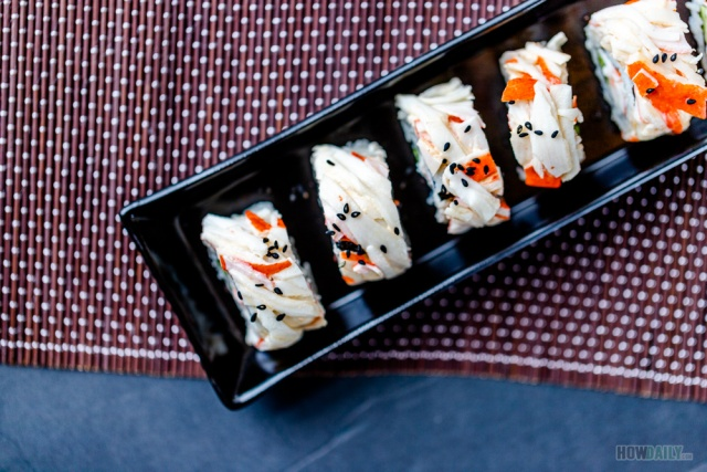 Crunchy and creamy sushi roll